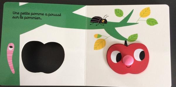 FullSizeRender15  Un livre encastrable avec l'histoire de Roule petite pomme !