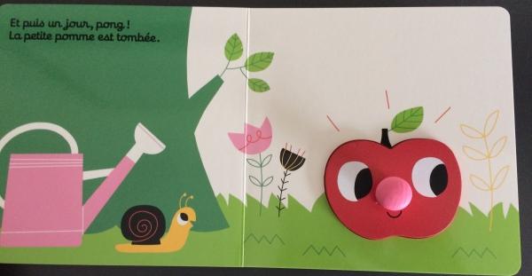 FullSizeRender17  Un livre encastrable avec l'histoire de Roule petite pomme !