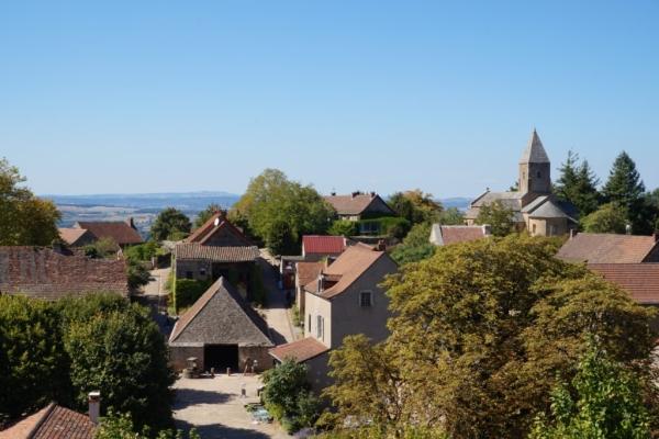 4C130067 70DF 4789 88E9 03B71A85186F 1024x684  Visite du château Médiéval  de Brancion en Bourgogne