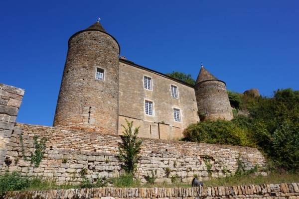 EE9213E0 3462 44CA B553 7D3A2304AEB5 1024x684  Visite du château Médiéval  de Brancion en Bourgogne