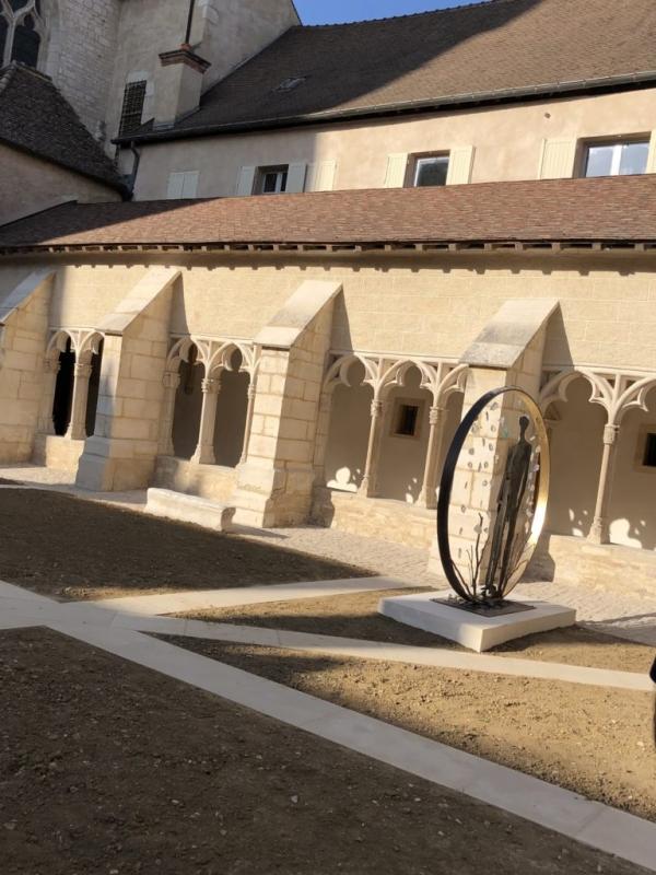 54ABBC91 3923 47EE A9D5 FC53B7613380 768x1024  Visite du Cloître de la Cathédrale Saint Vincent {Chalon sur Saône}